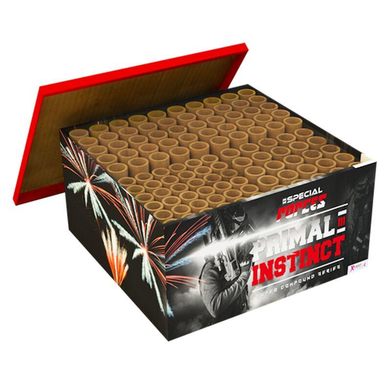 Primal Instinct 111-Schuss-Feuerwerkverbund In dieser Batterienbox mit 111 Schüssen sind alle Batterien bereits miteinander verbunden und mit einem Hauptpunkt versehen. Der Primal Instinct hat alles. Achte darauf, dass du genügend Abstand hast, denn das Finale des Primal Instinct bläst dich weg!