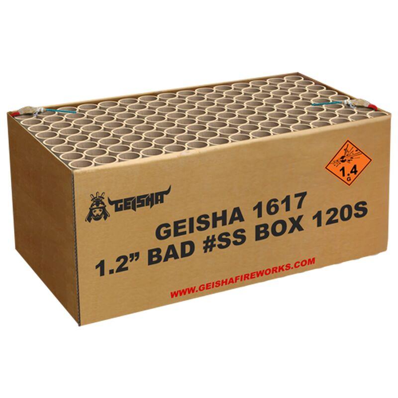 Bad Ass Box 120-Schuss-Feuerwerkverbund (6x20 Schuss-Batterien) Schwere Box mit nicht weniger als 120 Schüssen und 8 verschiedenen Effekten. Dicke goldene Palmen, helle Farben, prächtige Bilnker, immer mit lautem Knall, wirklich BAD ASS! Bestehend aus 6x20 Schuss Feuerwerksbatterien, welche nicht miteinander verbunden sind. Die Batterien können einzeln geschossen oder mit Anzündlitze verbunden werden, die separat bei uns erhältlich ist.