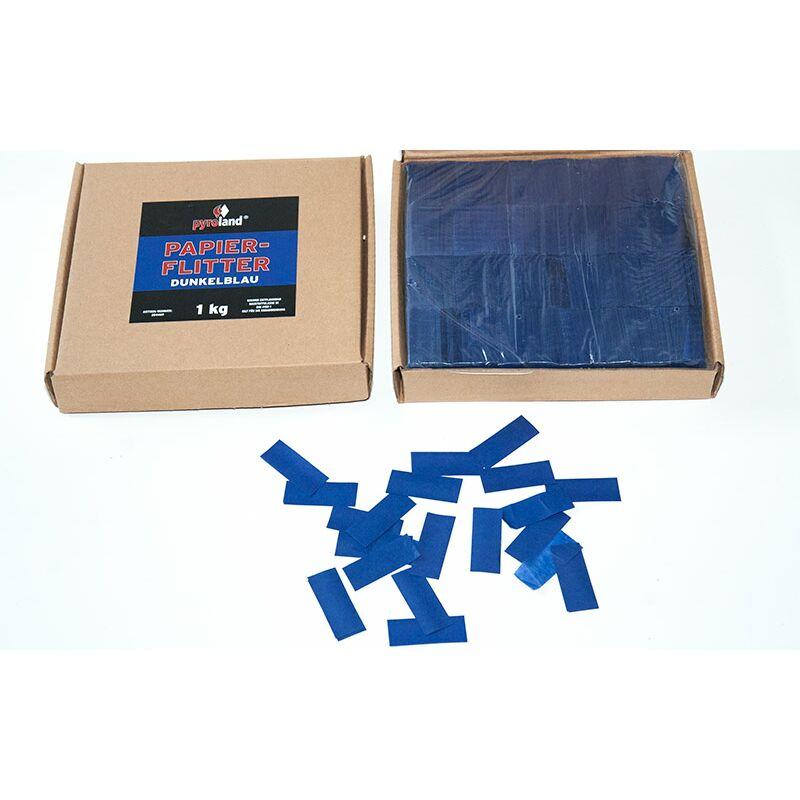 Papier Flitter - Dunkelblau 1kg (Pappschachtel) Für professionelle Konfetti-Kanonen im In- und Outdoorbereich. Eignet sich hervorragend zur Dekoration und kann bei Feierlichkeiten auch sehr gut geworfen werden. Schwer entflammbar gem. DIN 4102-1/B1 Zertifikat: B1 Größe: 50x30mm Inhalt: 1 Kg Verpackung: Pappschachtel Material: Seidenpapier