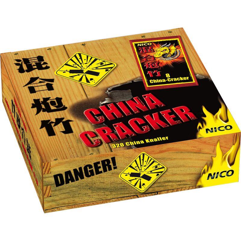 Nico China-Cracker 320 Stück Total verknallt - klassischer China-Cracker mit lautem Knalleffekt. 320 Stück Knallkörper zylindrisch mit Anzündschnur. 1 Schinken á 40 Packungen á 8 Stück
